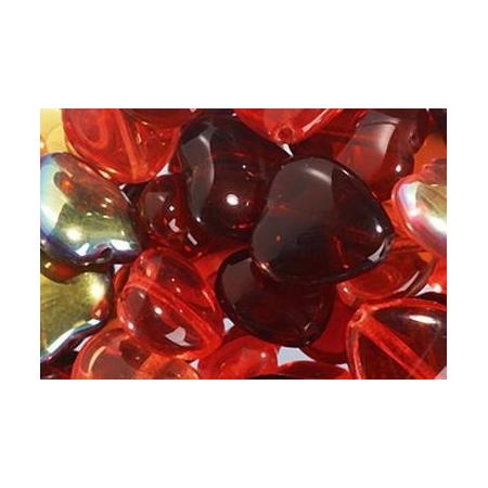 Assortiment de perles coeur en verre rouge