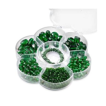 Assortiments de perles en verre vert + cordon