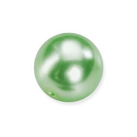 Perles en verre nacrées de Bohème vert tilleul 6mm